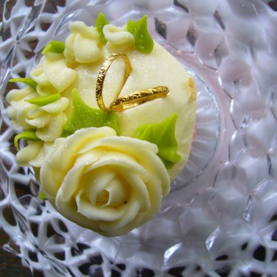 Roses and Rings $4.00