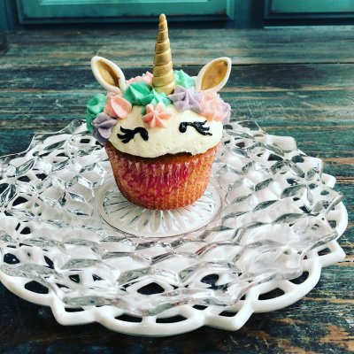 fancy unicorn $6.00