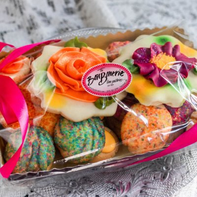Martha Fanciful Cookie Box